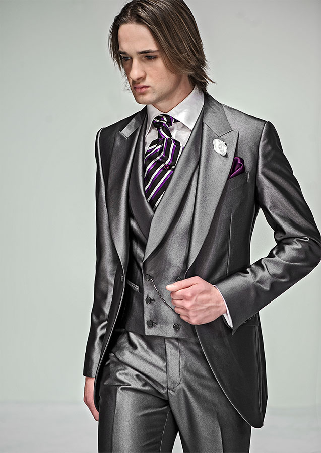 Shiny Gray Groom Tuxedo Groomsmen Peak Lapel Wedding/Dinner/Evening Suits Best Man Bridegroom (Jacket+Pants+Tie+Vest) B119