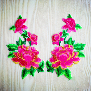1 Pair Nice Flower patch Embroidered Iron On Patches for Clothing Sticker Garment Appliques DIY Accessory A209