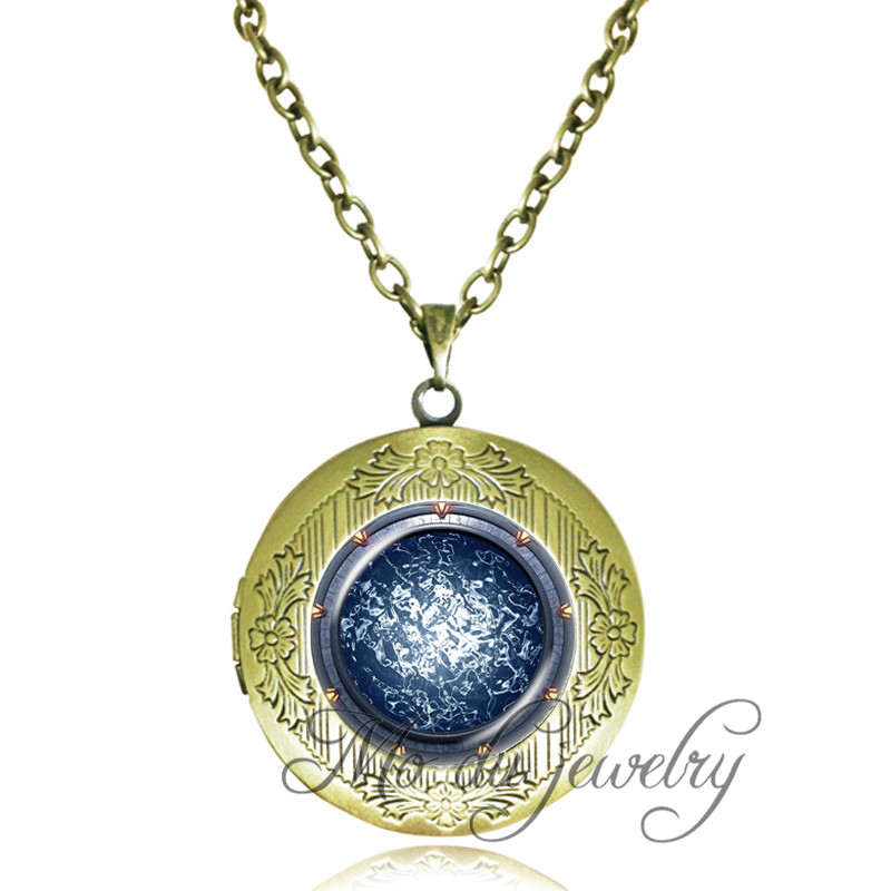 necklace atlantis the store creative round glow luminous glowing vintage product in heart pendant locket light dark
