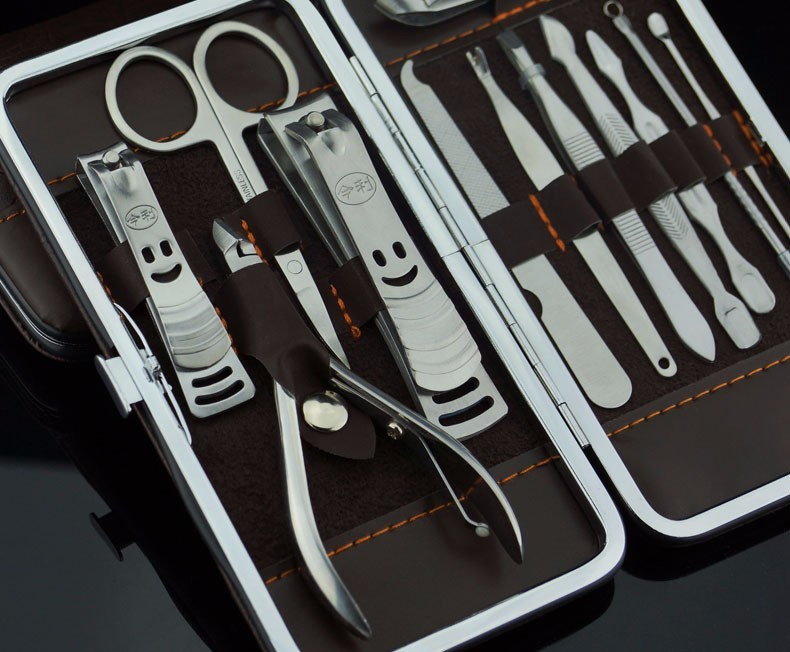 nail clippers (18)