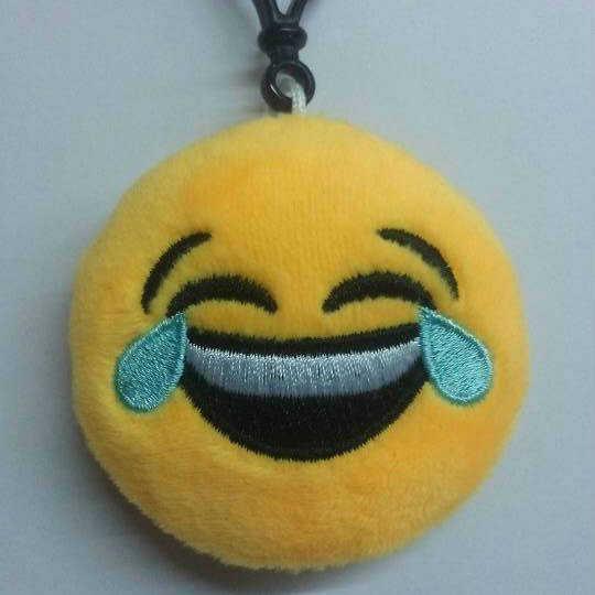 Funny emoji rosto expressão facial de pelúcia brinquedos dos desenhos animados chaveiro pingente bonito macio stuffed bonecas mini rodada sorriso chaveiro presente