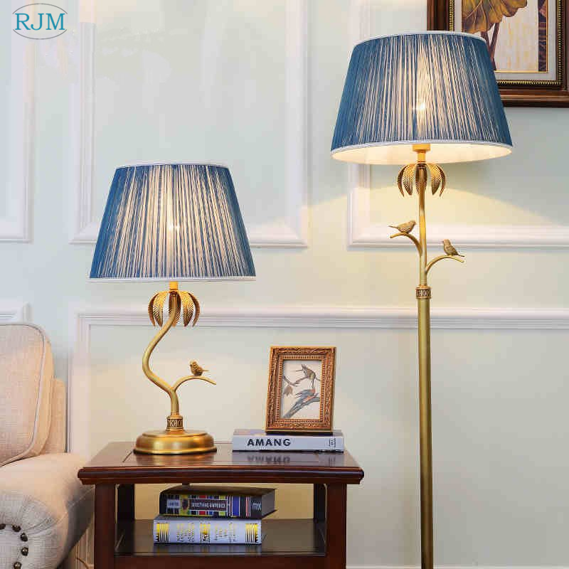 American Copper Garden Table Lamp Warm Retro European Bedside LED Floor Lamp Living Room Bedroom Study Villa Hotel Luminaries