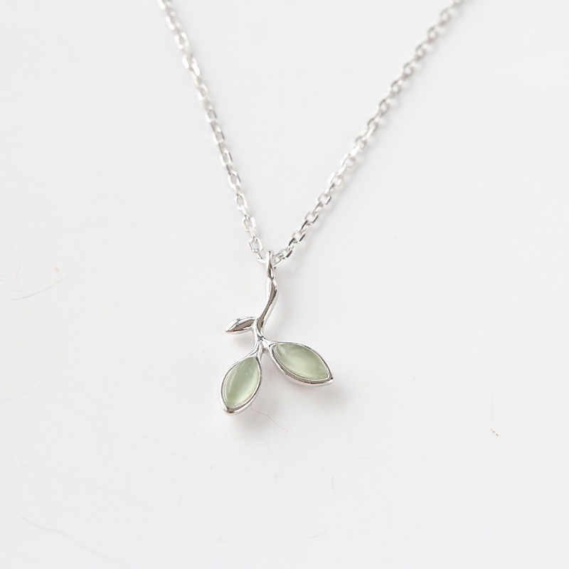 XIHA Green Opal 925 Sterling Silver Pendant Necklace for Women Plant Leaf Bud Chain Necklaces