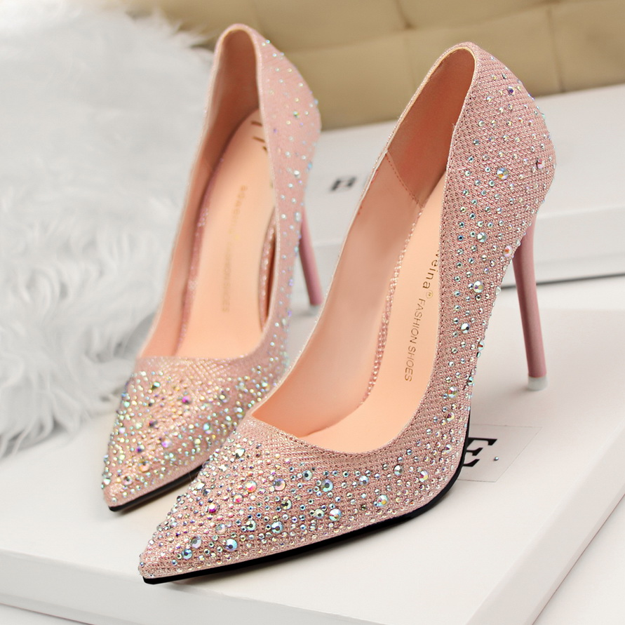 203d0858496 Sexy Bottom Women s Pumps Sapatos De Salto Alto High Heels Pointed Toe  Women Pumps Patent Leather Rhinestone Ladies Shoes Party-in Women s Pumps  from Shoes ...
