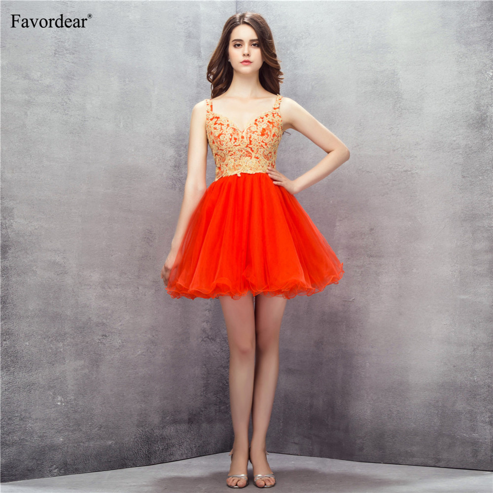 Favordear 2018 New Arrival Sexy Backless Red Mini Cocktail Dress Gold Lace Appliques Sexy V Neck Ruffle Short Formal Party Gowns