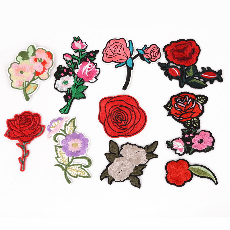 2//6Pcs Flower Embroidered Patches Sew On Patch Applique For Jeans Pants Crafts