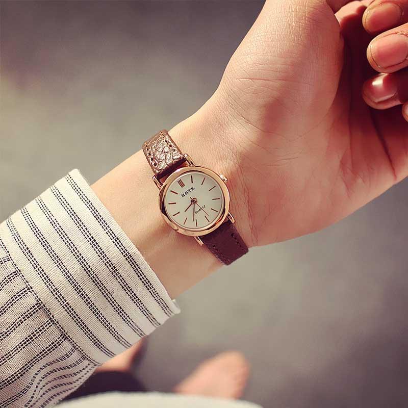 Koreaanse mode eenvoudige retro kleine ronde riem horloge studenten - Dameshorloges