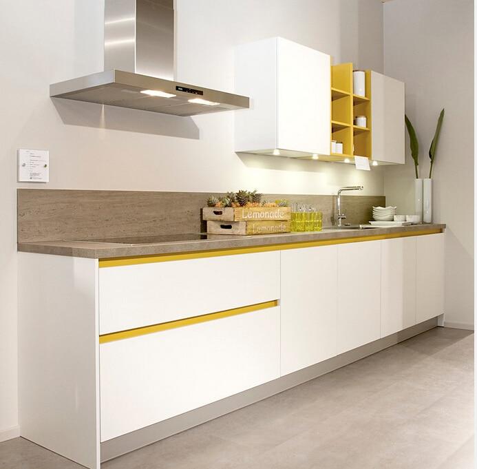 2017 High Gloss Kitchen Cabinets 2PAC Painting Modern Furnitures For Kitchen Modular Handleless Kitchen Unit Popular Design