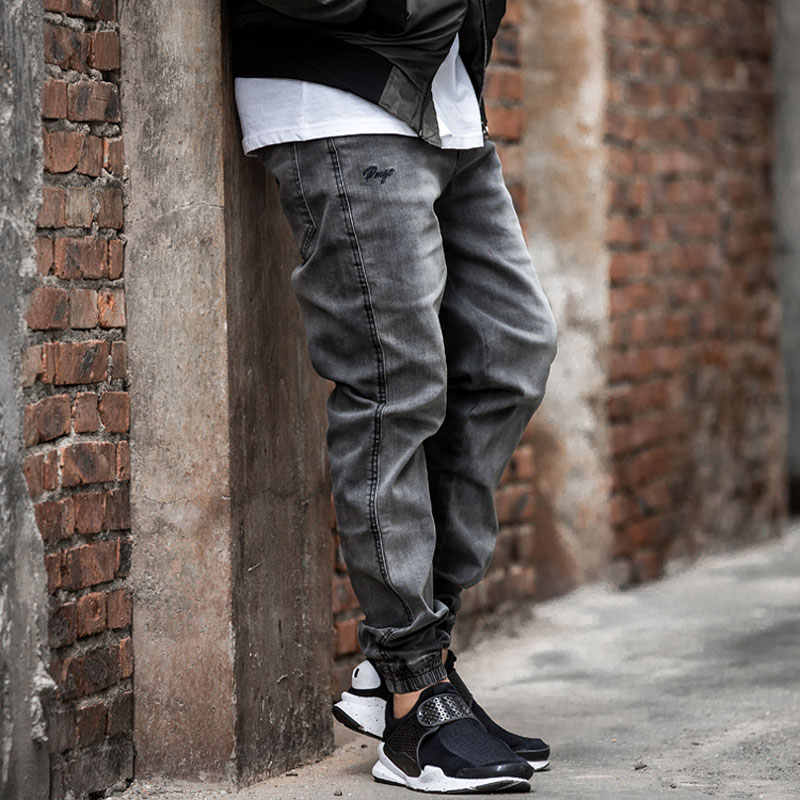 Japanese Style Fashion Mens Jeans Gray Color Slim Fit Tapered Trousers Hip Hop Jogger Jeans Men Vintage Design Denim Cargo Pants
