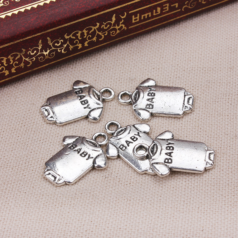 20pcs 12.4*17.5mm Mini T-shirts baby charms pendants alloy Antique Silver DIY Fit Bracelet Necklace Anklet jewelry accessories