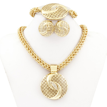 Liffly Dubai Gold Jewelry Sets for Women Big Necklace Fashion Nigerian Wedding African Crystal Costume Bridal Jewelry Set