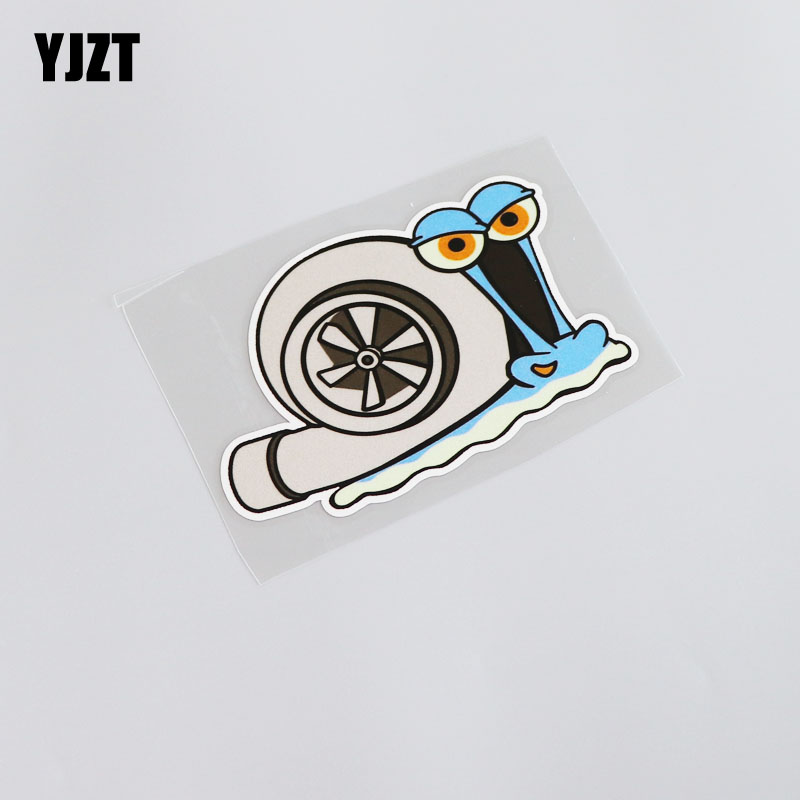 YJZT 11.8CM*8CM Cartoon Car Styling Reflective Waterproof Funny Animal Snail PVC Car Sticker Decal 13-0057