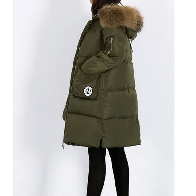 Grande Natural Real Raccon Fur 2016 de Moda de Nova Mulheres Jaqueta de Inverno Pato Branco Para Baixo Parka Grosso Quente Jaqueta Feminina