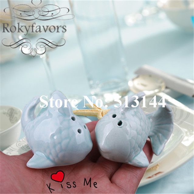 free shipping 50sets set of 2 kissing fish ceramic salt and pepper