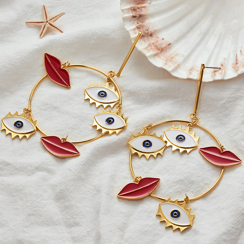 Dangle-Earrings Exaggerated Gold Long Bohemian Women New-Design Evil Charm Big Lips Yes