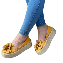 цена на Laamei Solid 2019 Autumn Women Flats Shoes Slip On Casual Ladies Canvas Shoes Bow Thick Bottom Lazy Loafers Female Espadrilles