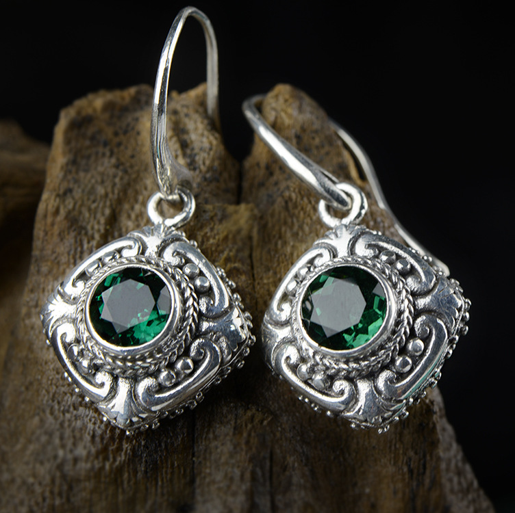 Silver Earrings palace Baroque antique Thai silver green crystal earrings, stone carving hollowed jewelry accessories