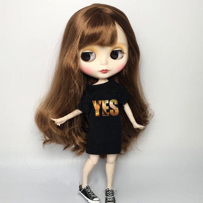 1PCS Fashion Blyth Doll Clothes Black T-shirt Letter Clothing For Pullip Blyth Momoko, Obistu Licca 1/6 Doll Clothes For Barbie