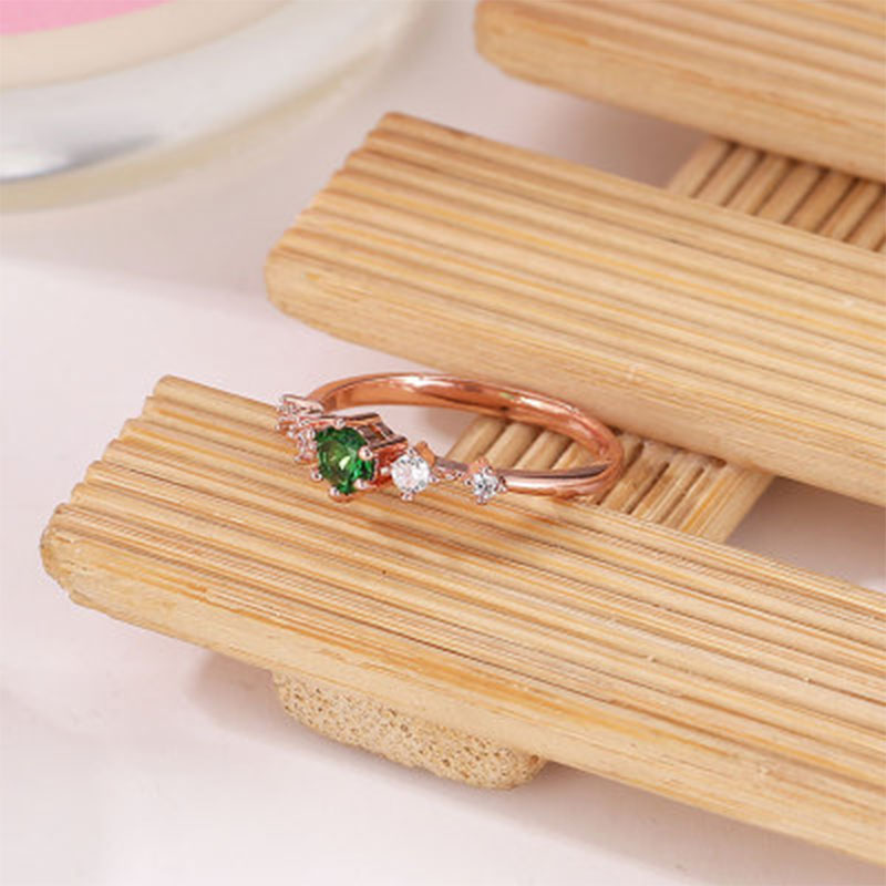 Crystal Pieces Exquisite Engagement Wedding Rings For Women 2019 New Small Fresh Ladies Rose Gold Rings Jewelry Size6 10 WD175 in Rings from Jewelry Accessories