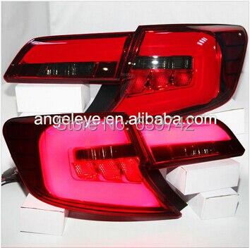 A Toyota Camry American 2013–2014-es verziójának fekete-piros - Autó világítás