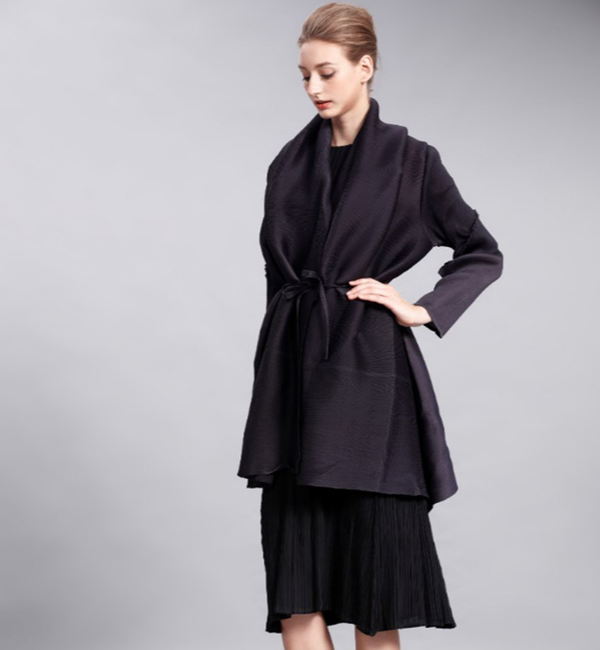 New Fold Shawl collar Ol Thin Cardigan Modern Fashion Long Trench Coat