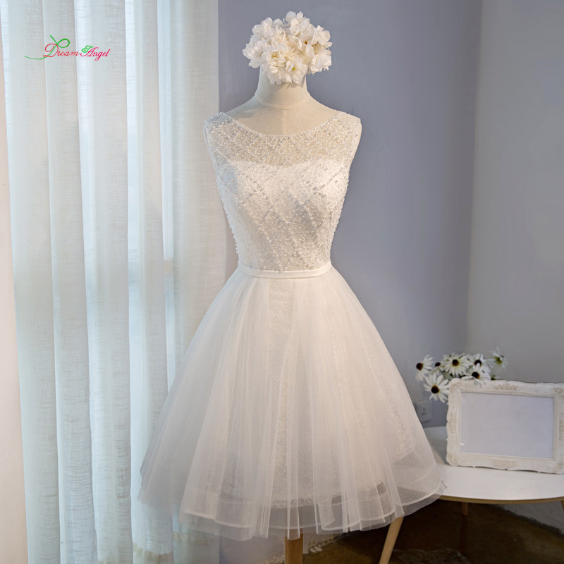 Dream Angel Elegant Lace Knee Length Homecoming Dresses 2018 Appliques  Beading Pearls Short Special Occasion Dress For Party 0db7132cf4cd