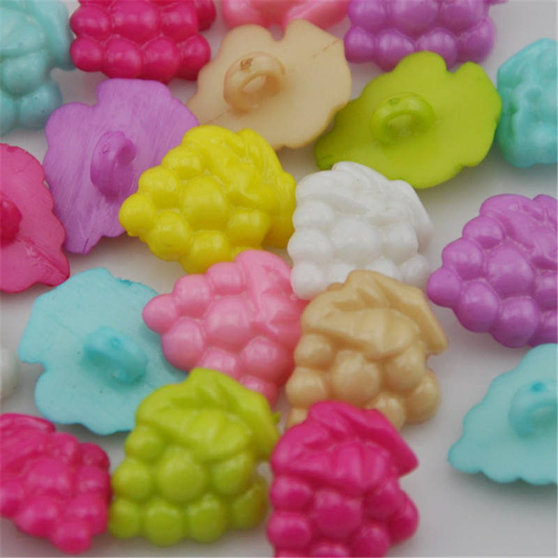 50 or 100 Baby//Children/'s Buttons 15mm 4-hole 10 colours Pink White Turquoise