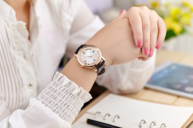 Rhinestone Leather Casual Dress Watch Rose Gold Crystal