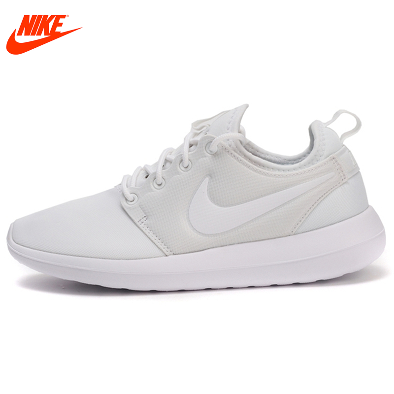 Intersport Original New Arrival 2017 NIKE Breathable ROSHE TWO Womens Skateboarding Shoes Sneakers Classique Comfortable