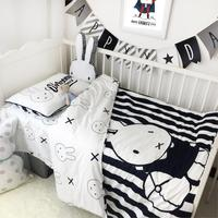 3Pcs/Sets Nordic Baby Bedding Sets Cotton Cartoon Black White Rabbit Cribs Baby Quilt Case Fitted Sheet Pillow Case Baby Bedding