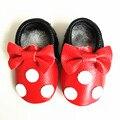 Cuero genuino Mocasines Bebé de dibujos animados de Mickey y Minnie Zapatos de Bebé Primeros Caminantes Chaussure Bebe zapatos de interior Envío gratis