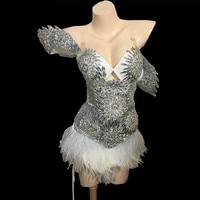 Роскошные сверкающие кристаллы перо платье наряд Яркие Серебряные стразы наряд певицы день рождения платья сценический комплект одежды