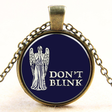 Handmade Art Picture UK Movie dr Do Not Blink Glass Cabochon Pendant Necklace Doctor Who Necklace vintage Jewelry Women B455
