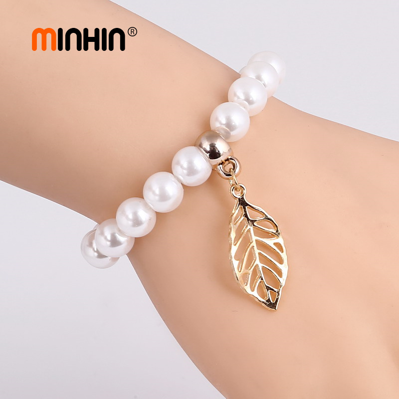 MINHIN Graceful Charm Bracelets Simulated Pearl Beads Chain Wrist Bracelets For Women Leaf Pendant Jewelry Mother's Gift