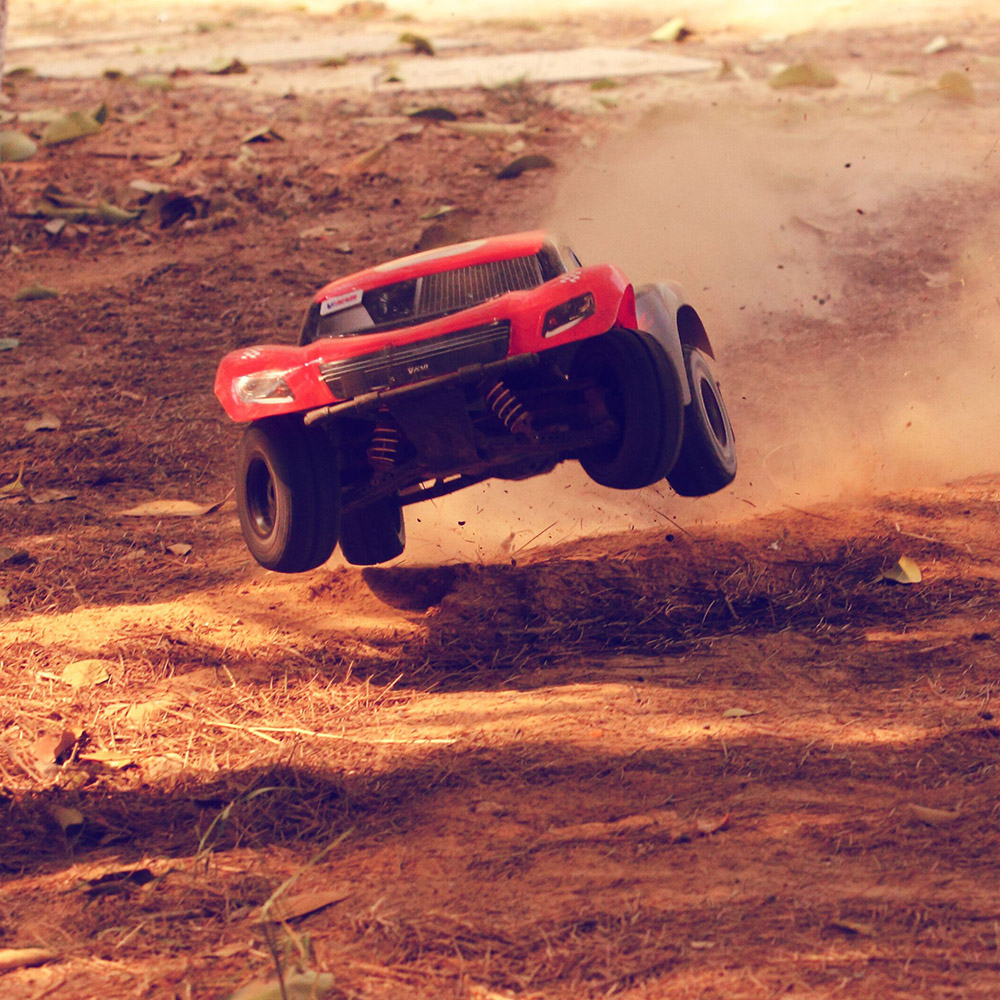 80km/H Super Fast Speed RC Racing Car 1:10 4WD RC Off-Road Short Course Waterproof RC Vehicle Truck 60A Brushless ESC