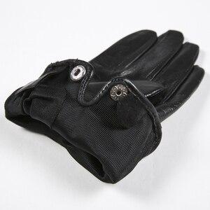Image 4 - Gours 秋と冬の女性の革手袋ファッションブランド黒半袖駆動グローブ金属チェーンゴートスキンミトン GSL008