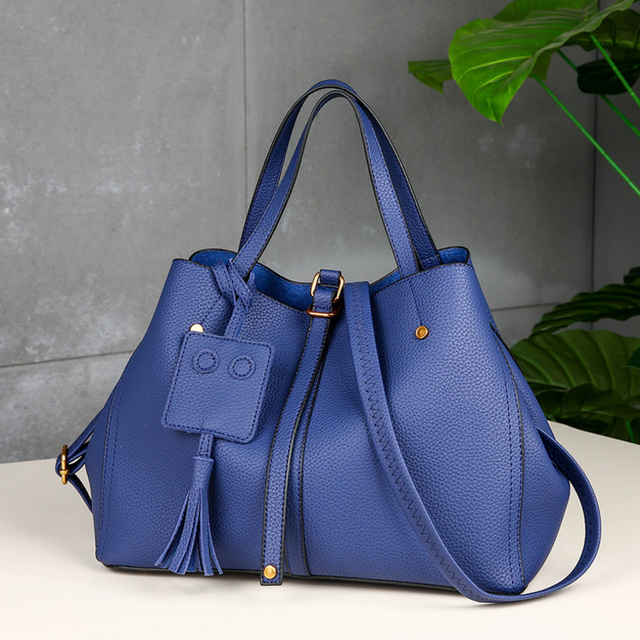 460af7dd5e IMIDO 2018 Promotion Design Beautiful Women s Messenger Bags Elegant PU  Leather Shoulder Bag Classical Handbags Crossbody Bags