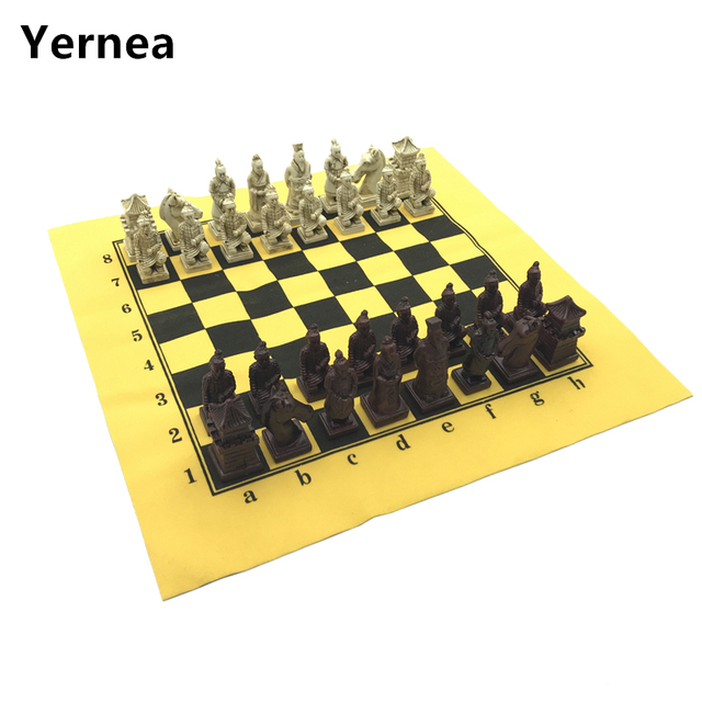 Yernea Antique Chess Set Leather Chessboard Exquisite Resin ...