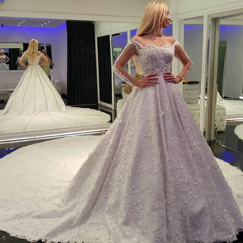 Latest Design Vintage Wedding Dress Cap Sleeves Appliqued