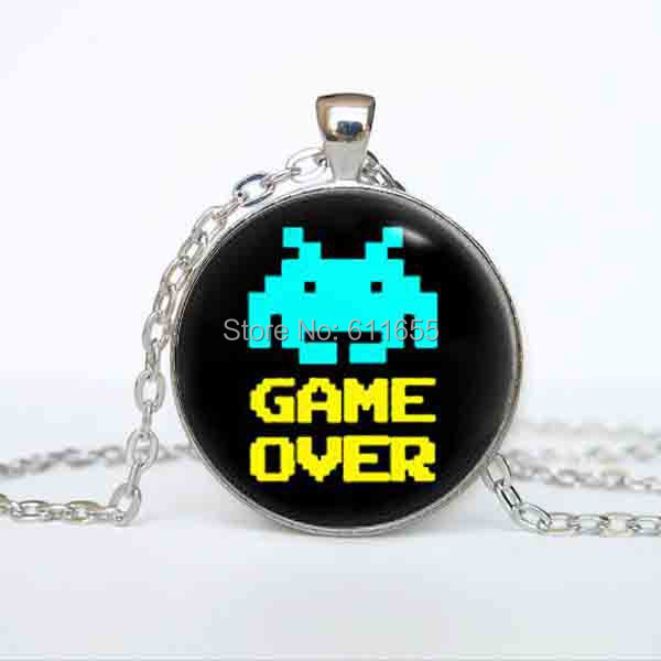 vintage Space invaders GAME OVER Necklace pendant 78cm long chain 1pcs/lot steampunk vintage antique silver mens womens 2017 hot ...