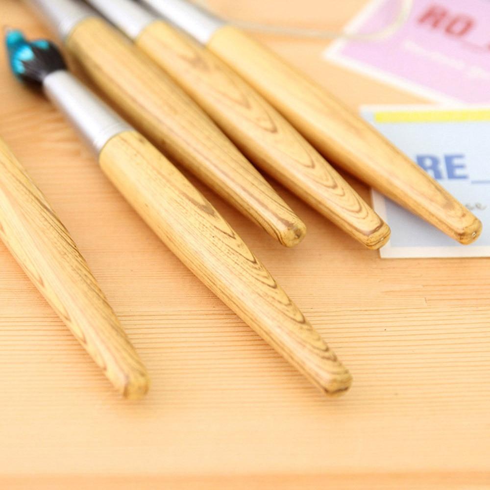 2K1528715306_Cute-Kawaii-Wooden-Ballpoint-Pen-Creative-Ball-pens-For-Kids-Writing-Students-Children-School-Gift-Novelty (3)