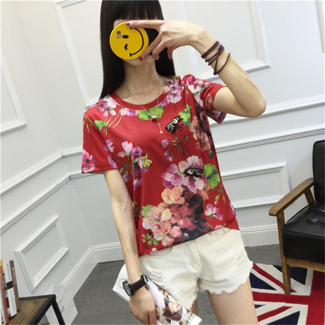 Abelha bordados Beading Estampa Floral T Camisa Das Mulheres Da Marca 2017 Camisa do verão T de Manga Curta O Pescoço Camisa Casual Tops Tee Femme