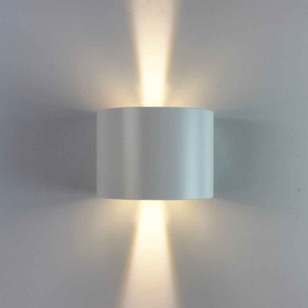 ФОТО New Design Round Wall Sconce White Aluminum Up Down Lighting Indoor/Outdoor IP65 Waterproof Bathroom Led Wall Lamps 90~260v 7W