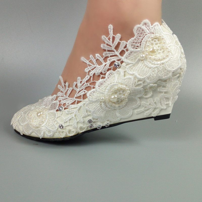 2018 New Womens weddding shoes Bride White Flower shoes Wedges woman High heels Pumps Round toe fashion shoes купить