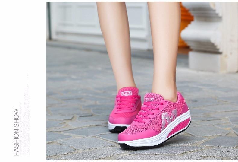 Г. женские дышащие летние женские кроссовки обувь на платформе, увеличивающая рост тонкие туфли на танкетке