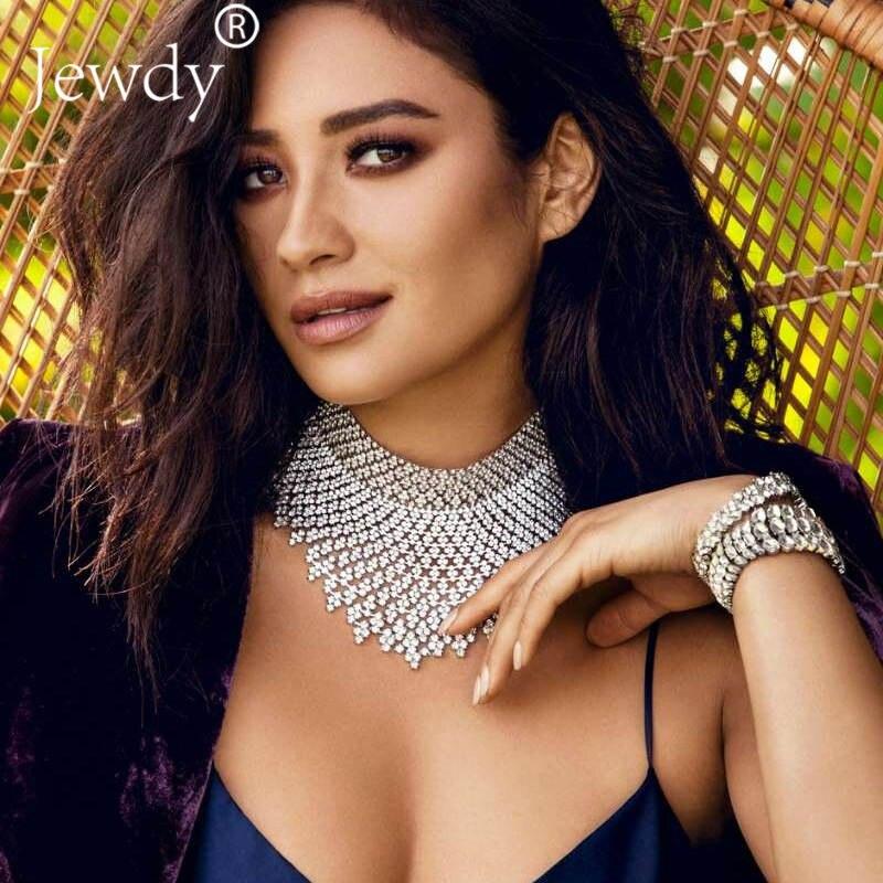 Fashion Jewelry Stats