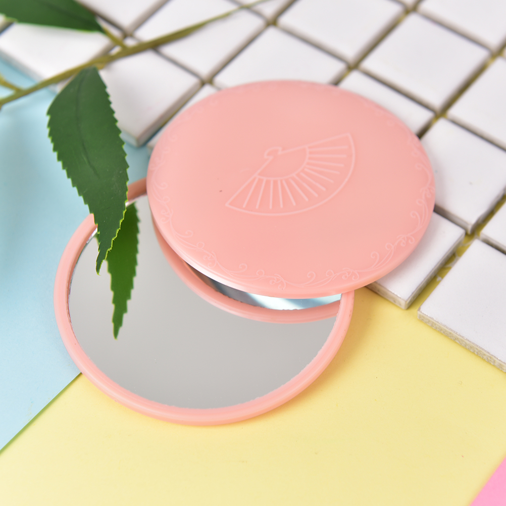Haut Pflege Werkzeuge Aktiv 1 Stücke Rosa Nette Kawaii Mini Taschenverfassungsspiegel Kosmetische Kompakte Metall Spiegel Farbe Zufällig Dia 7 Cm