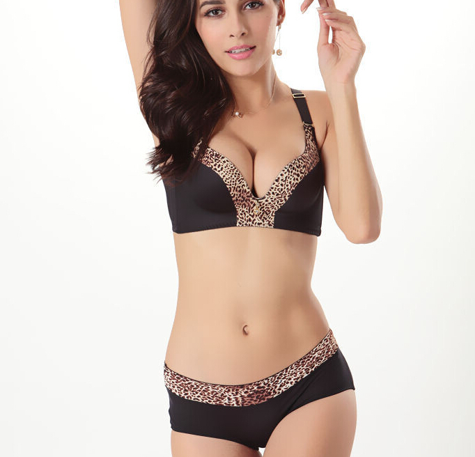 e865ac08b1 3 4 Cup Sexy Women Bras Set Seamless Bra Panty Brief Short Push Up  Adjustable Bra Leopard Print Girl Underwear High Quanlity New-in Bra   Brief  Sets from ...