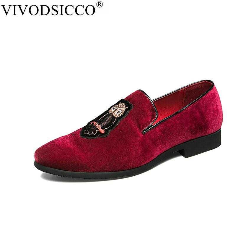 0e1b8dfe60cc5 VIVODSICCO Fashion Luxury Men Loafers Embroidery Handmade Men Velvet Shoes  Party And Wedding Men's Flat Slip