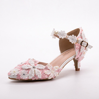 Bridesmaid Sandals New Design Pink Lace White Sewed Pearls Flowers Sweety Style Handmade 5cm Heels Bride Dress Shoes Custom